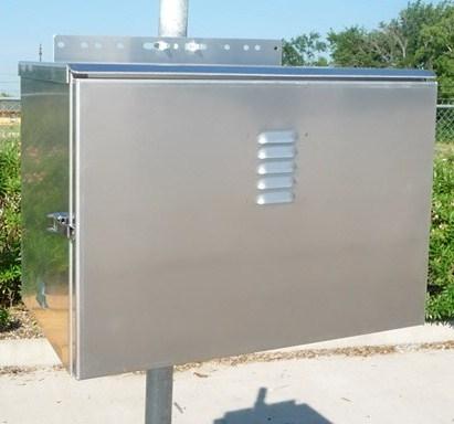 Bba 3 Solar Battery Box Accommodates 3 Batteries
